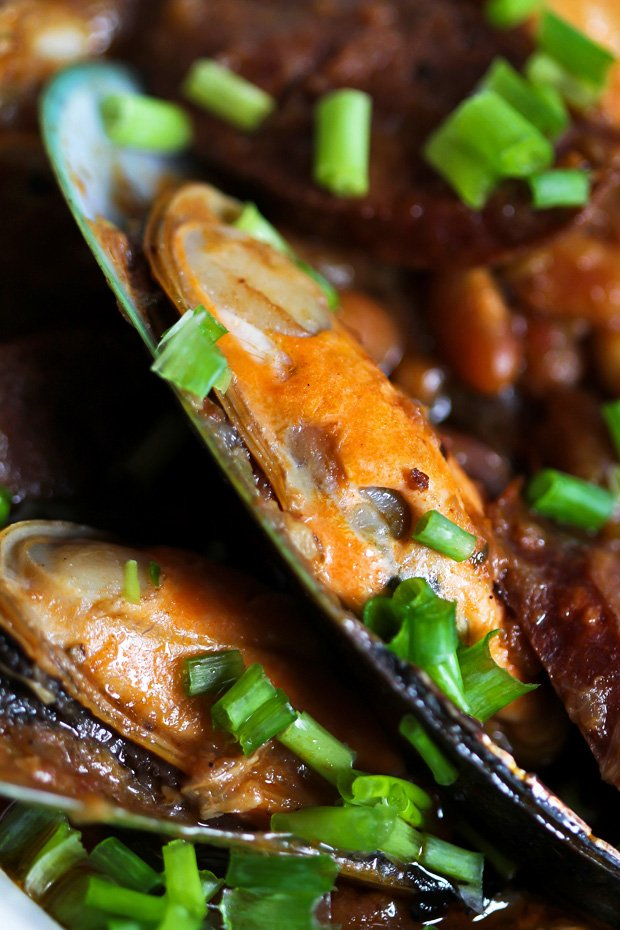 Mussels with Chorizo and White Beans‏