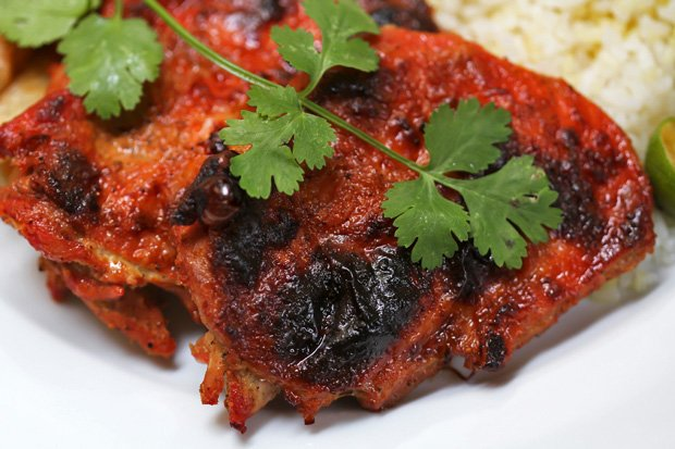Tandoori-Style Oven-Baked Chicken with Cucumber Raita
