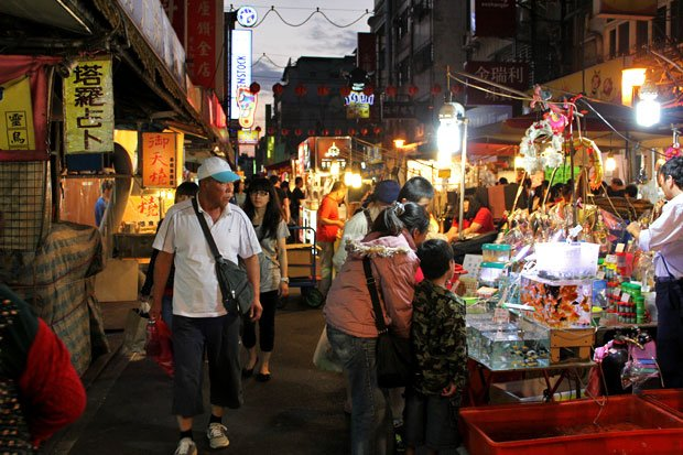 Raohe Night Market, Taipei City, Taiwan, ROC