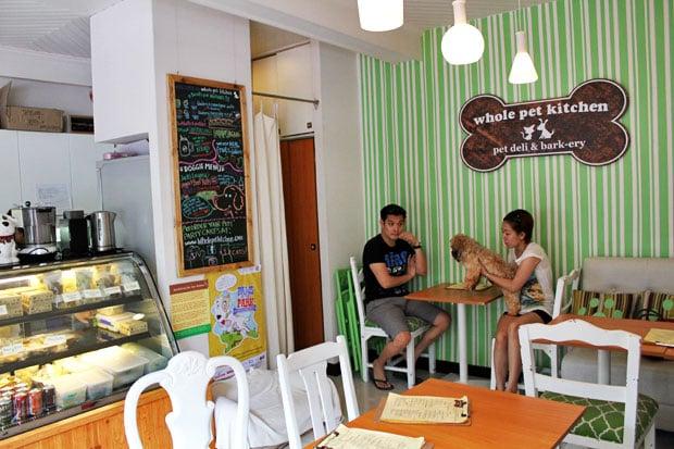 Whole Pet Kitchen: Pet Deli & Bark-ery