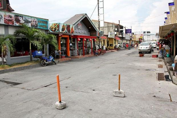 Seaside Market on Macapagal Boulevard
