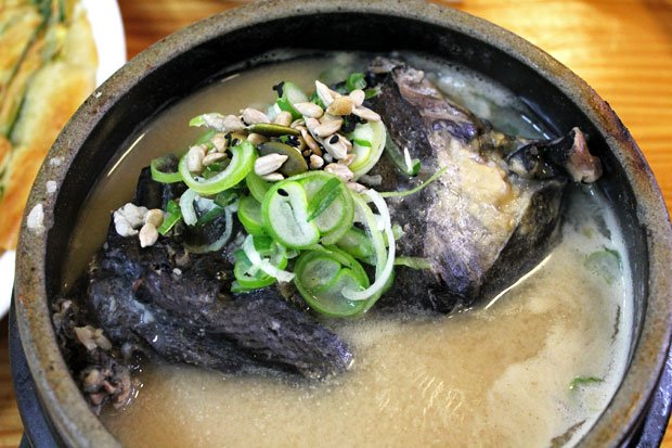 Get in Line for Seoul's Best Samgyetang at Tosokchon