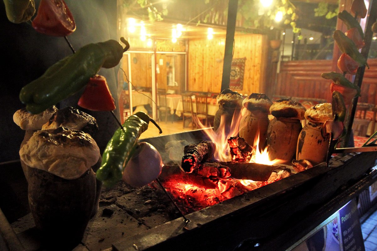 Pottery Kebab: A Must-try Dish in Cappadocia, Turkey