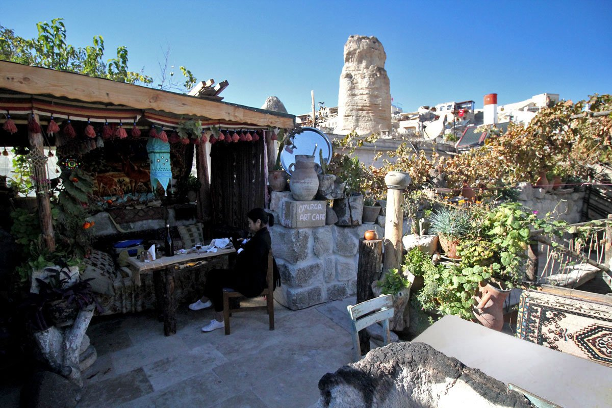 Omurca Art Cave Cafe: Where to Eat in Göreme, Cappadocia, Turkey
