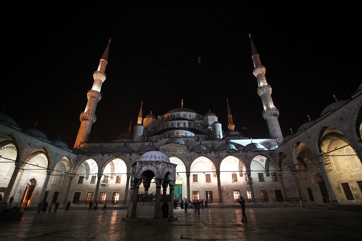 Sultanahmet (Blue Mosque), Istanbul, Turkey