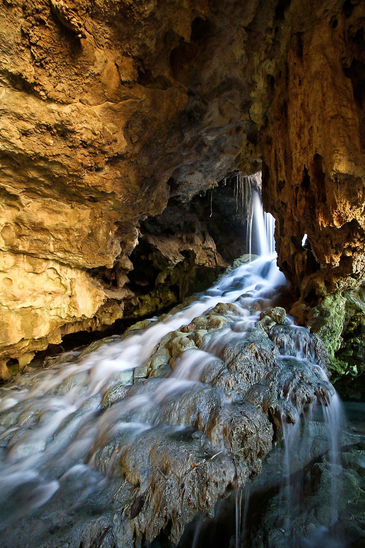 Marvel at Subterranean Calcium Travertines in Kaklik Cave, Pamukkale, Turkey
