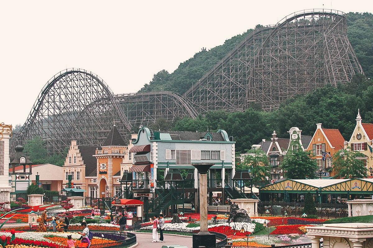 Everland and Lotte World theme parks, Seoul, South Korea