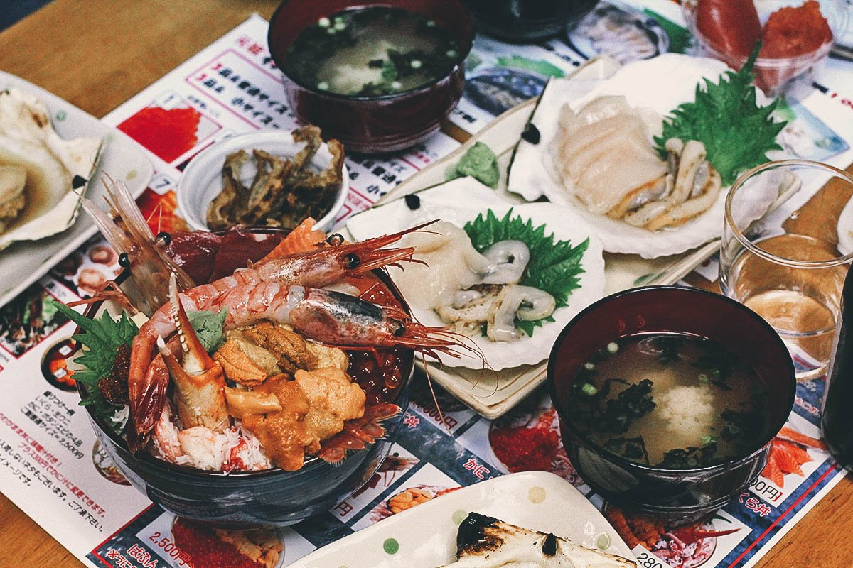 Takinami Shokudo: Where to Have Overflowing Bowls of Kaisendon in Otaru, Japan