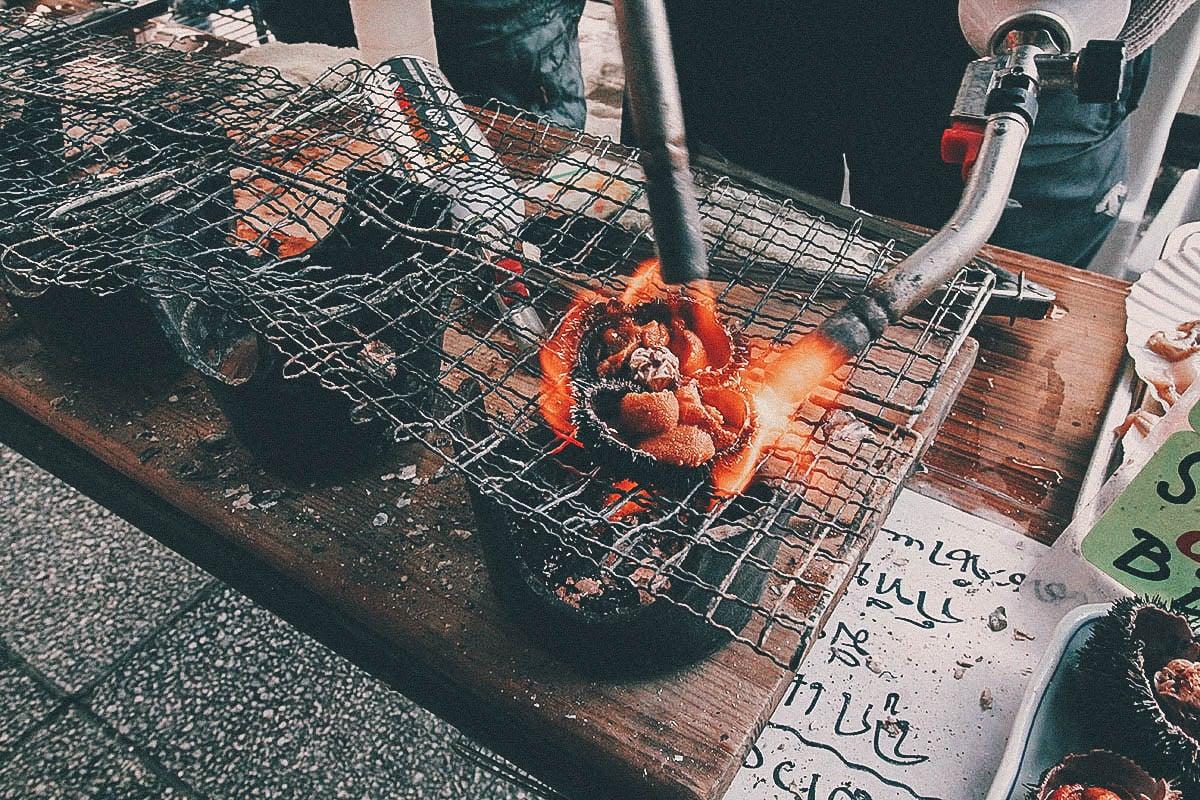 Grilled uni, Nijo Market, Sapporo, Hokkaido, Japan