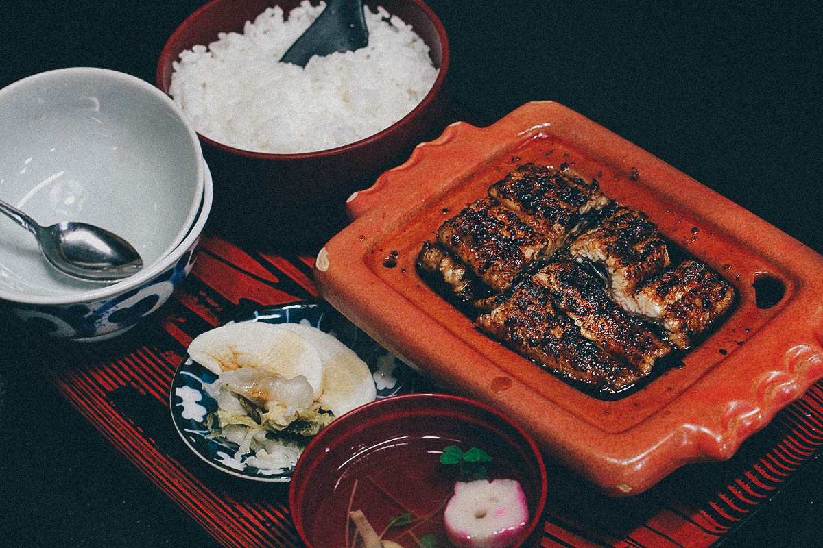 Izumiya: A 160-yr Old Unagi Washoku in Nagasaki, Japan