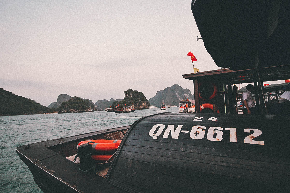 Ha Long Bay Cruise, Vietnam