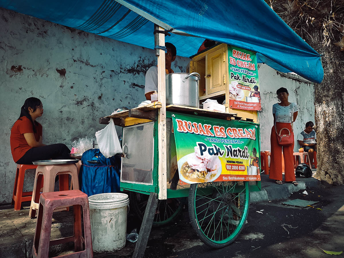 Rujak Es Krim Pak Nardi, Yogyakarta, Indonesia