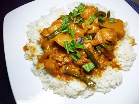 Gordon Ramsays Malaysian Chicken Curry With Coconut Rice
