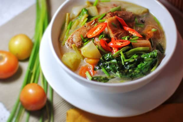 Hot and Sour Pork Soup (Thai-Filipino Pork Sinigang)‏