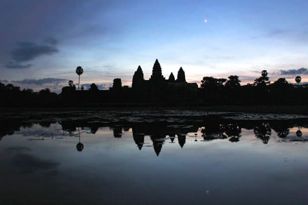 """Angkor Wat and the Search for Siem Reap's """"Happy"""" Pizza"""
