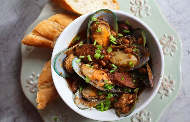 Mussels with Chorizo and White Beans