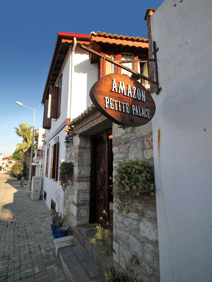 Amazon Petite Palace: Where to Stay in Selçuk, Turkey