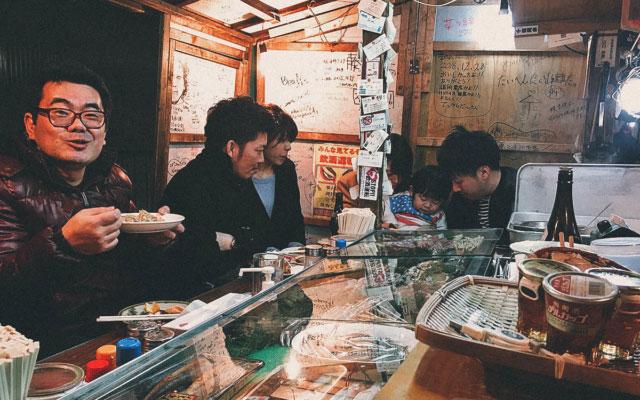 Yatai Food Stalls: An Iconic Late Night Symbol of Fukuoka, Japan