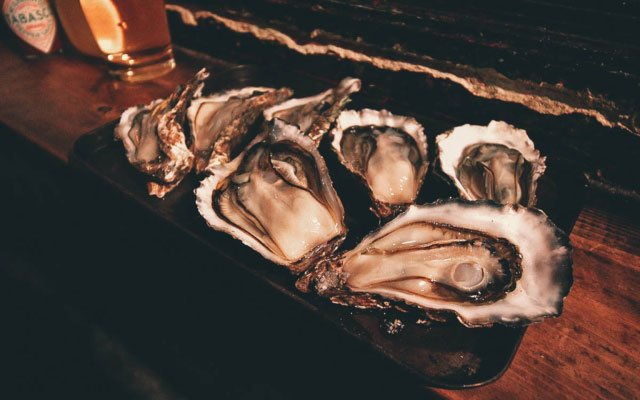 Gotsubo: Where to Have Plump, Juicy Oysters for Cheap in Sapporo, Japan