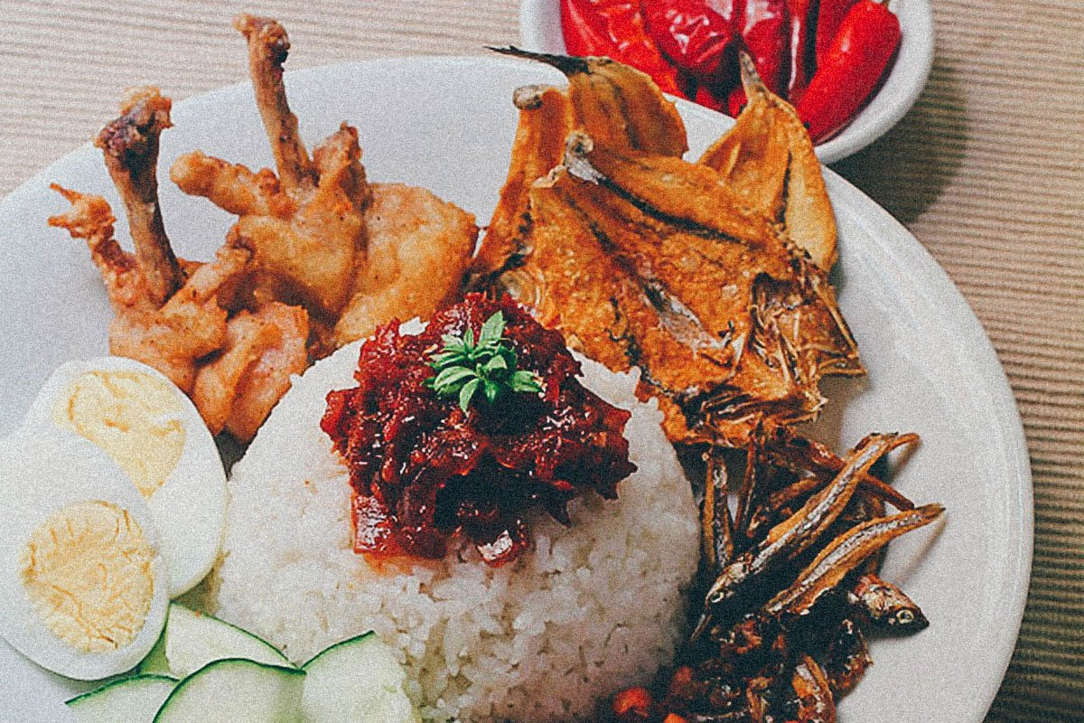 MALAYSIA: A Festival of Flavor and Texture Called Nasi Lemak (Recipe)