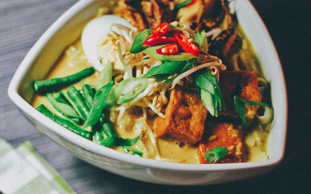 MALAYSIA:  When It Comes to Laksa, Are You on Team Asam or Team Curry? (Recipe)