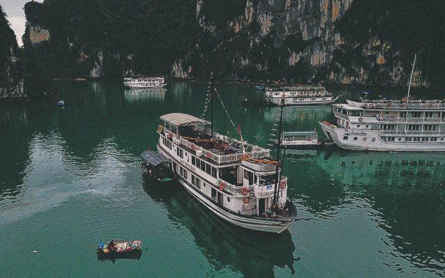 Ha Long Bay Cruise: A Must-Do in Northern Vietnam