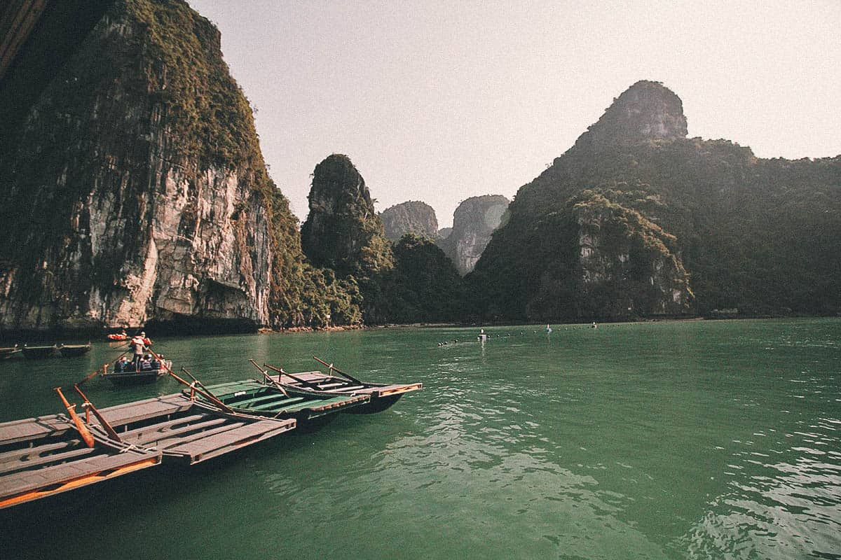 Ha Long Bay Cruise, Vietnam