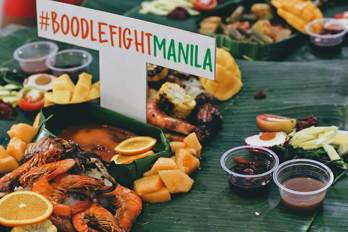 Boodle Fight Manila.  Kainan Na!