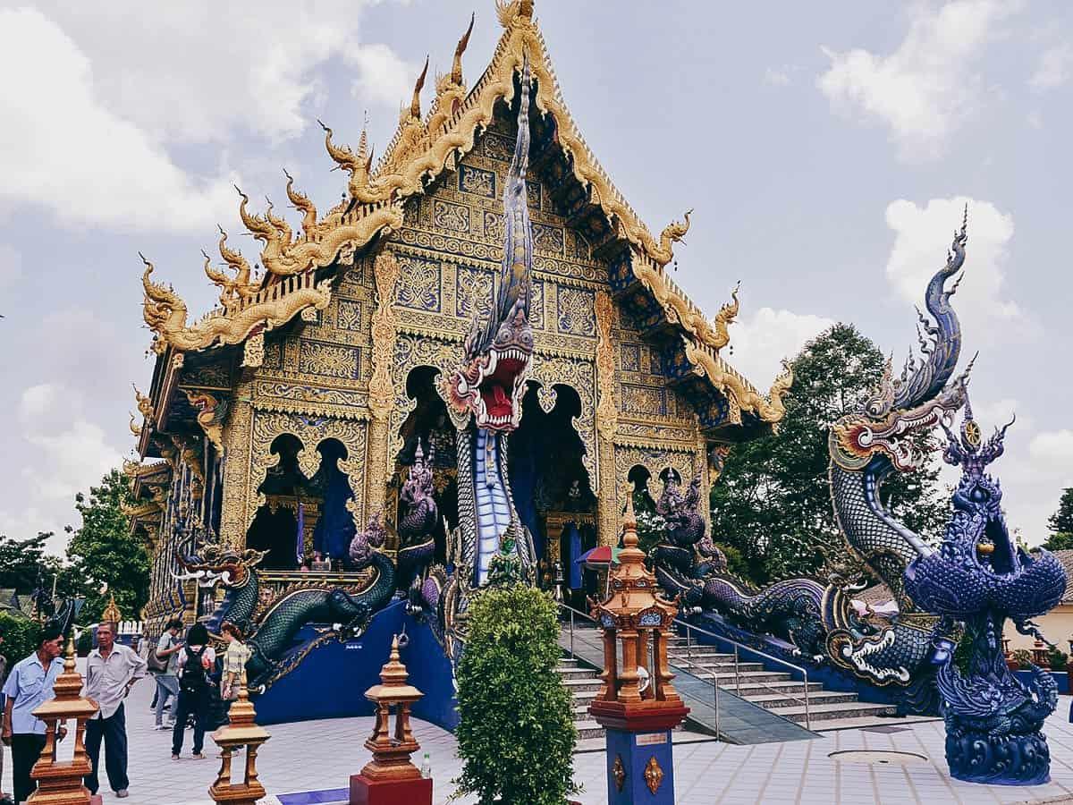 Wat Rong Suea Ten (Blue Temple), Chiang Rai, Thailand