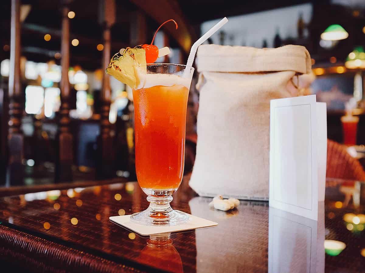 Singapore Sling, Long Bar, Raffles Hotel, Singapore