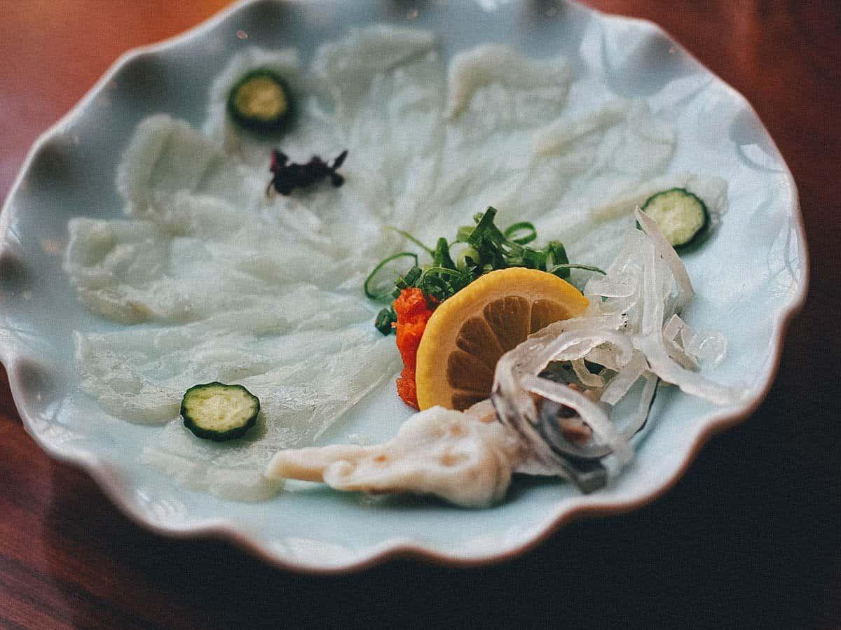Fugu sashimi at Zuboraya