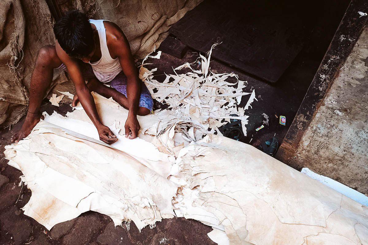 Dharavi Slum Tour: The Real Slumdog Millionaire