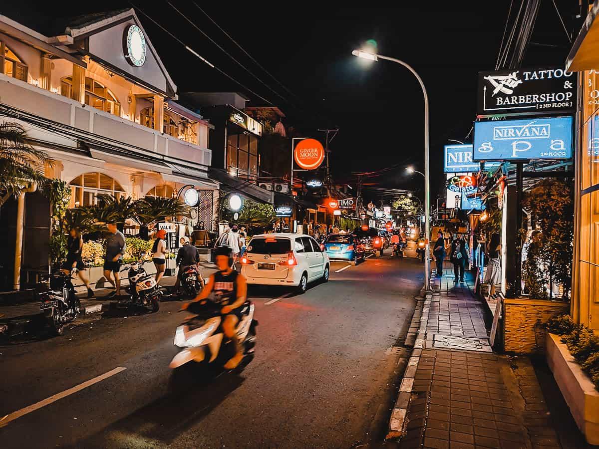 Jalan Raya Seminyak, Bali, Indonesia