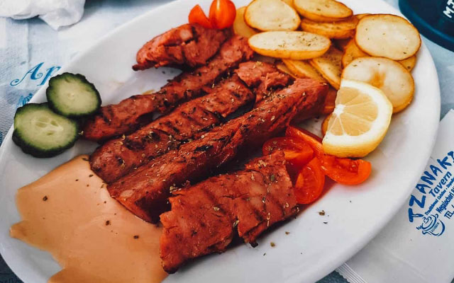 Tavern Tzanakis: Enjoy Delicious Greek Food Like Family in Santorini, Greece