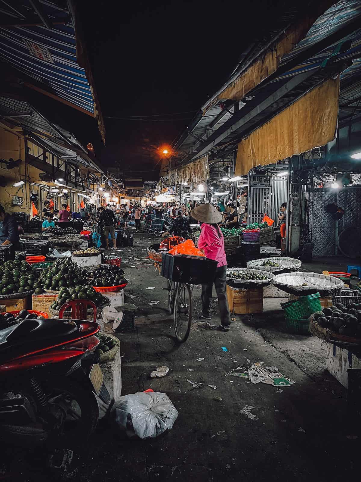 Hanoi Food Tour: Explore Hanoi's Best Markets with A Chef's Tour