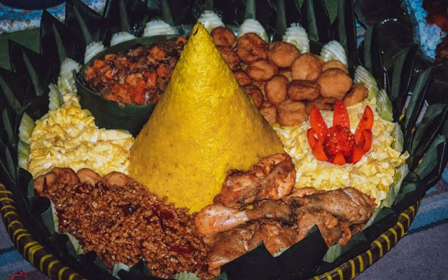 INDONESIA: Tumpeng, More Than Just a Pretty Cone You Might Want to Prance Around with on Your Head