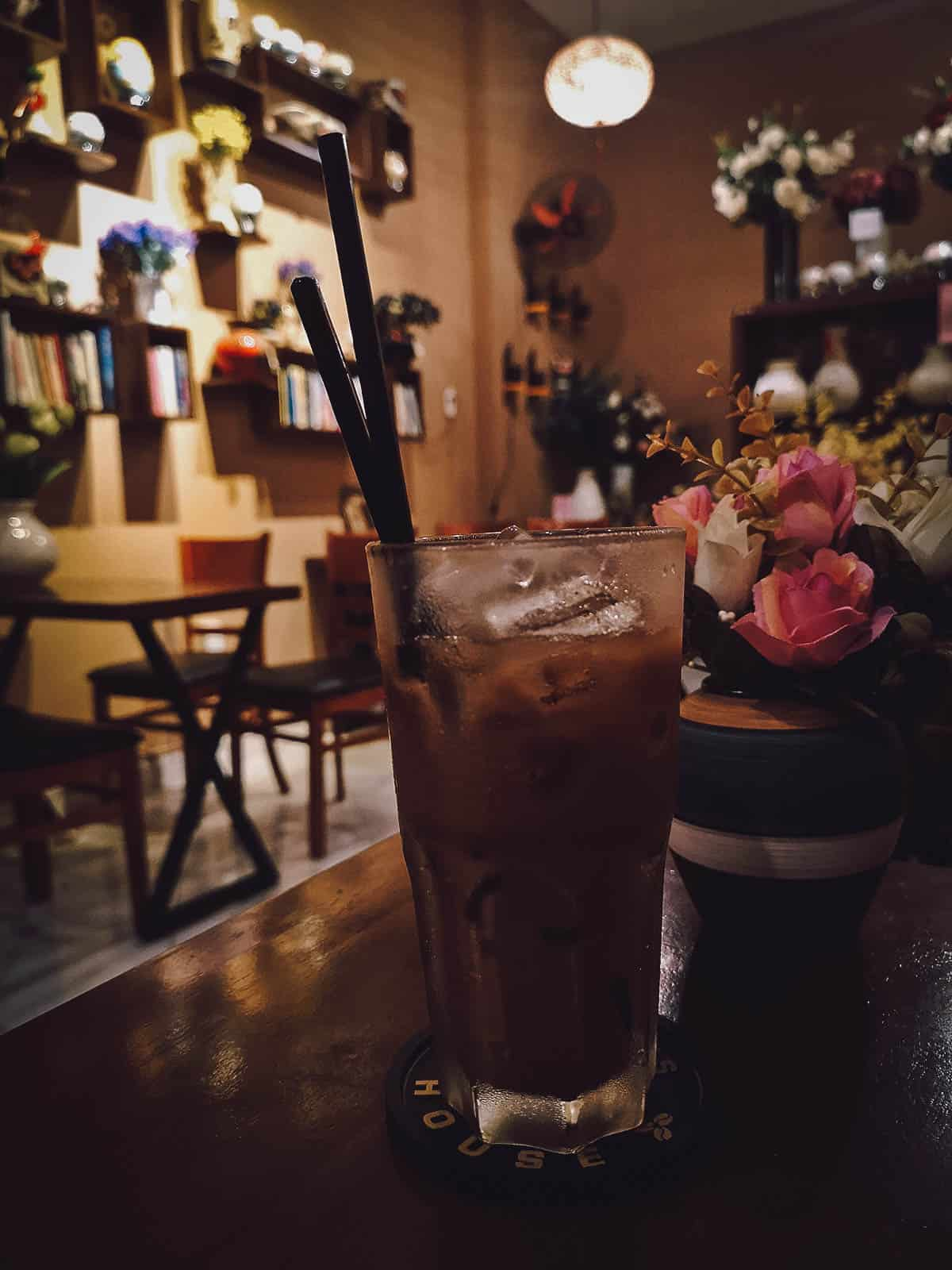Iced milk coffee at 1987's House Coffee & Flower