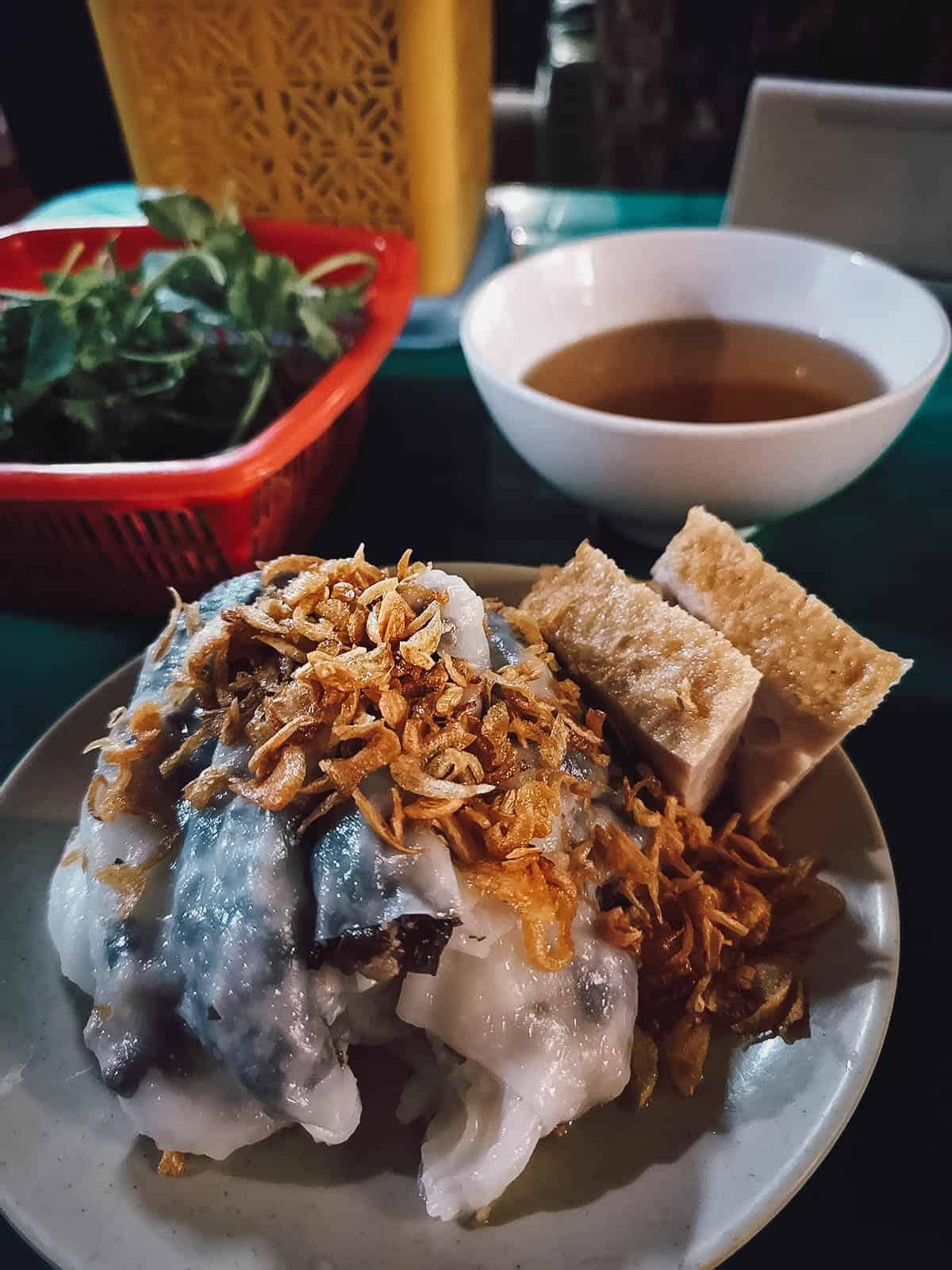Banh cuon at Bánh Cuốn Bà Xuân