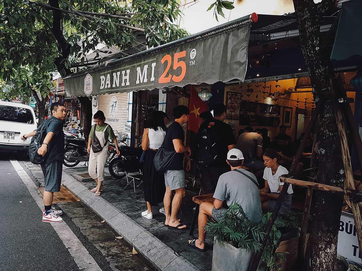 Banh Mi 25 shop