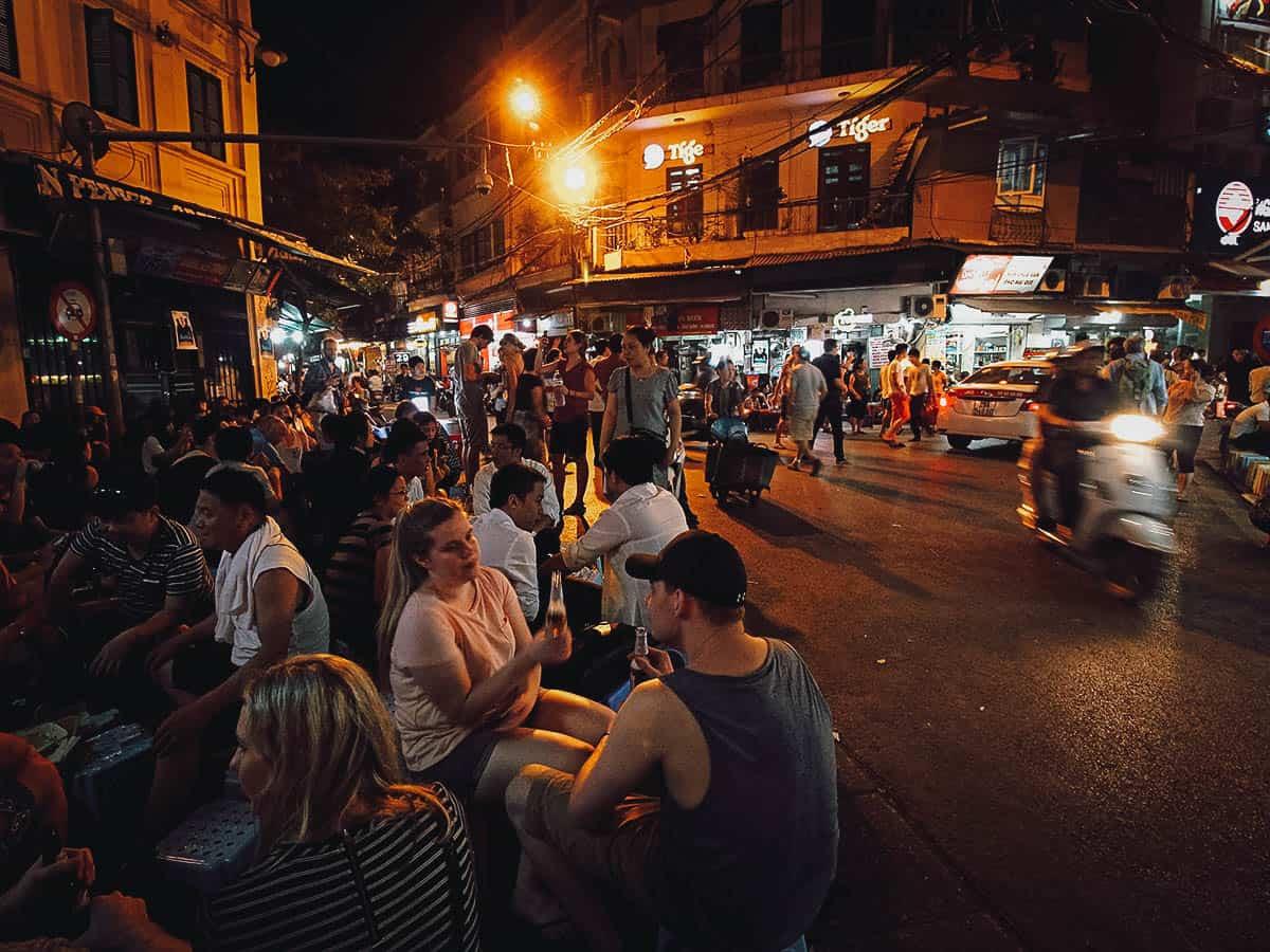 Bia hoi corner in Hanoi