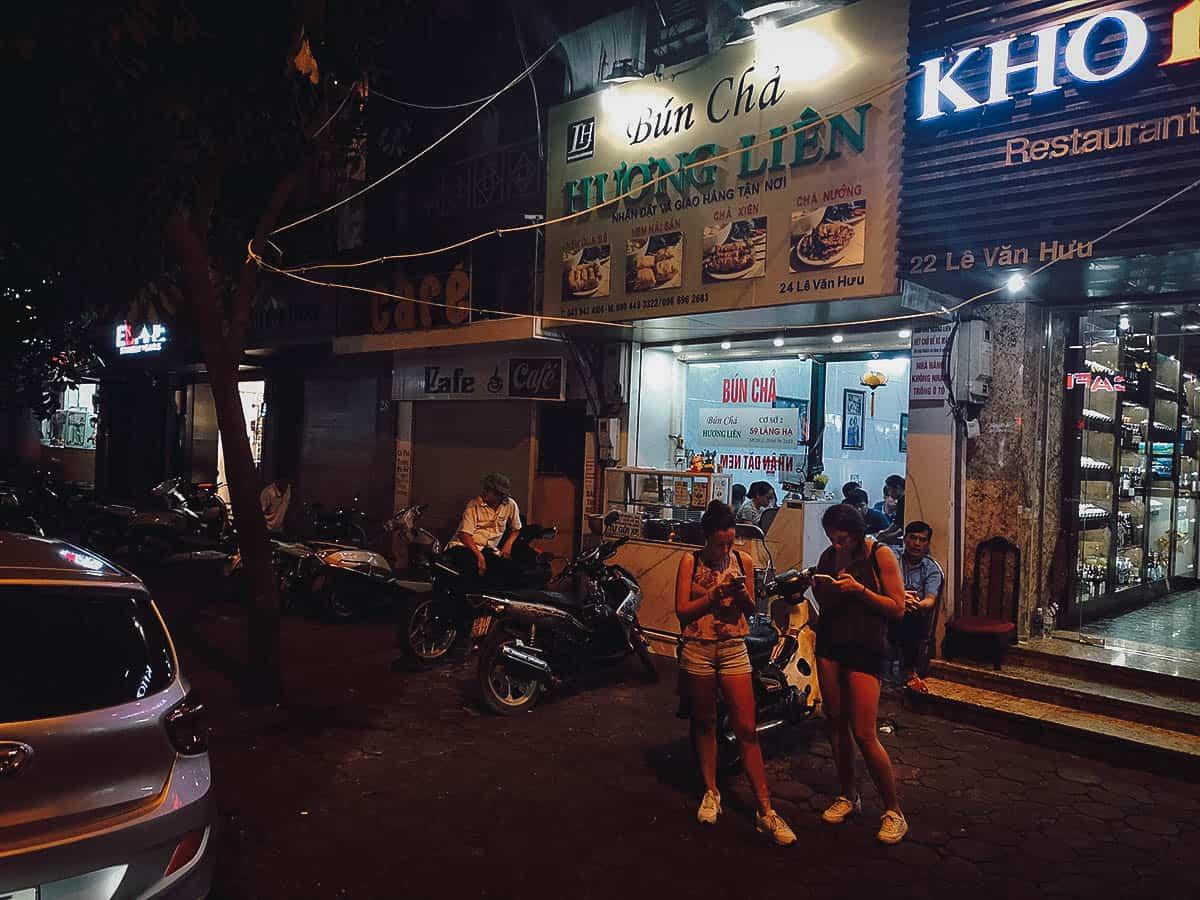 Bún chả Hương Liên shop