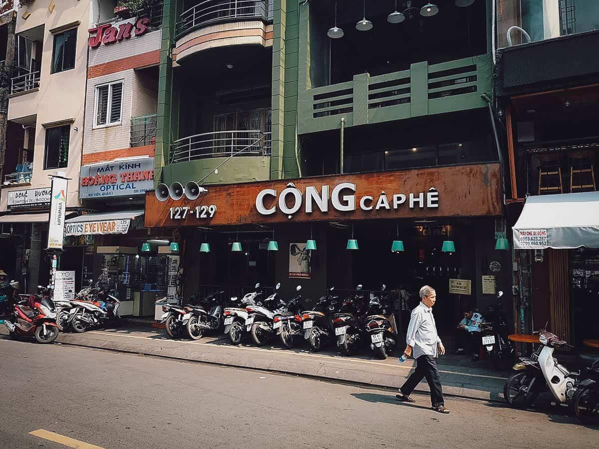Cong Ca Phe exterior