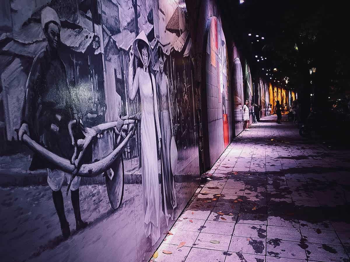 Trompe l'Oeil murals in Hanoi, Vietnam