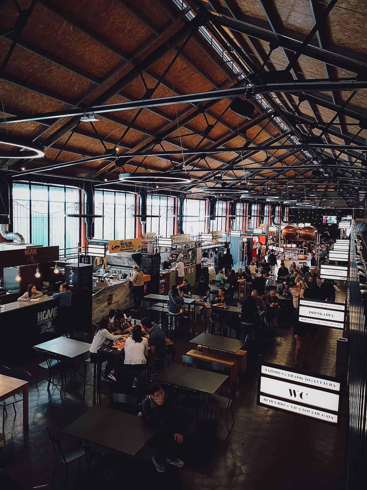 Interior of Mercado Beira-Rio