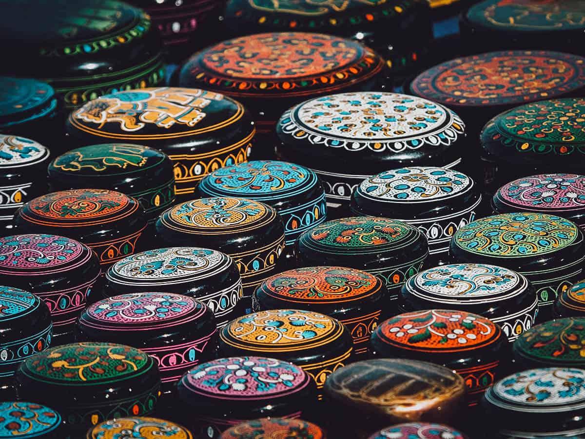 Round Burmese lacquerware boxes