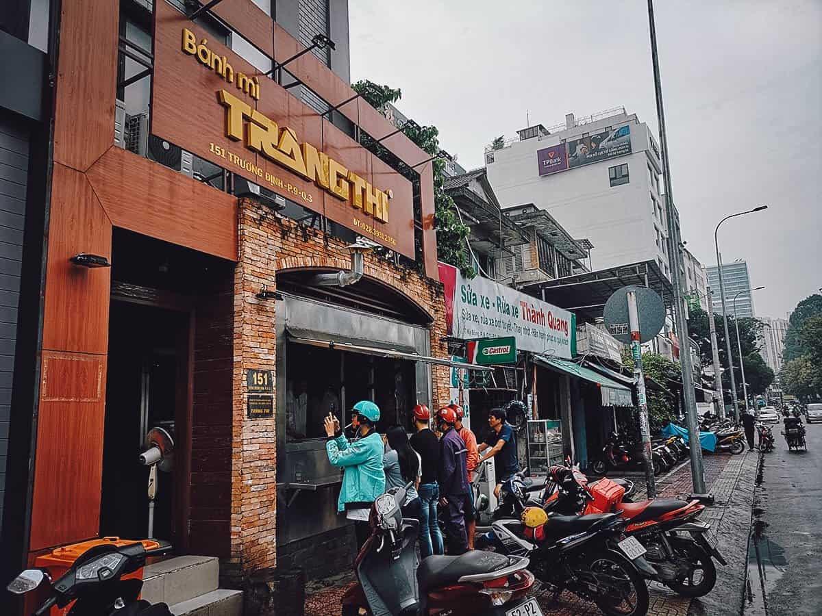 Banh Mi Trang Thi stall