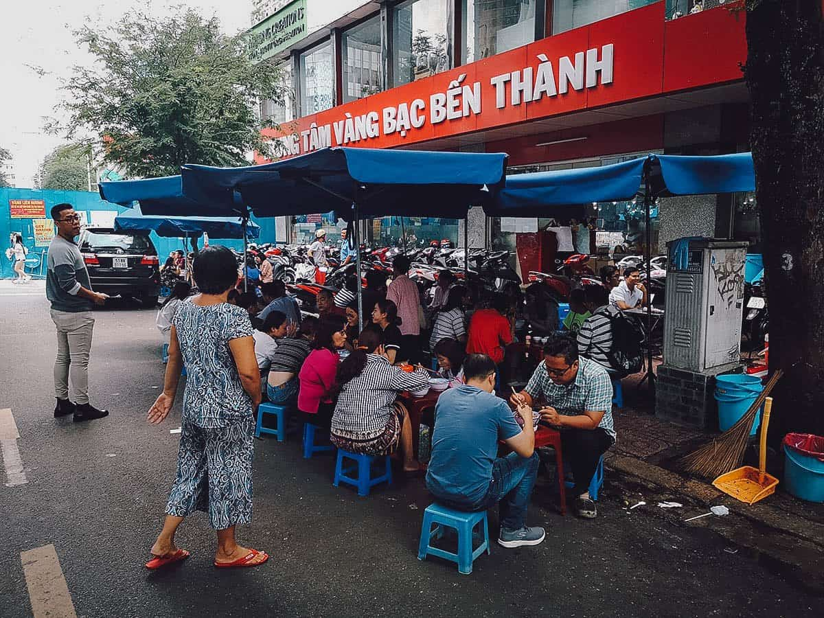 Bun Thit Nuong Nguyen Trung Truc street food stall