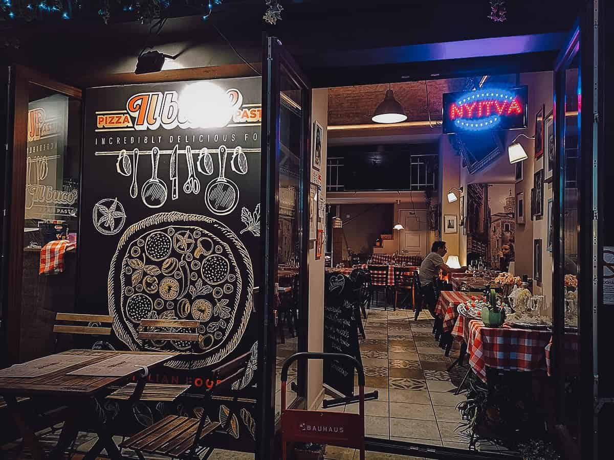 Il Buco in Budapest, Hungary