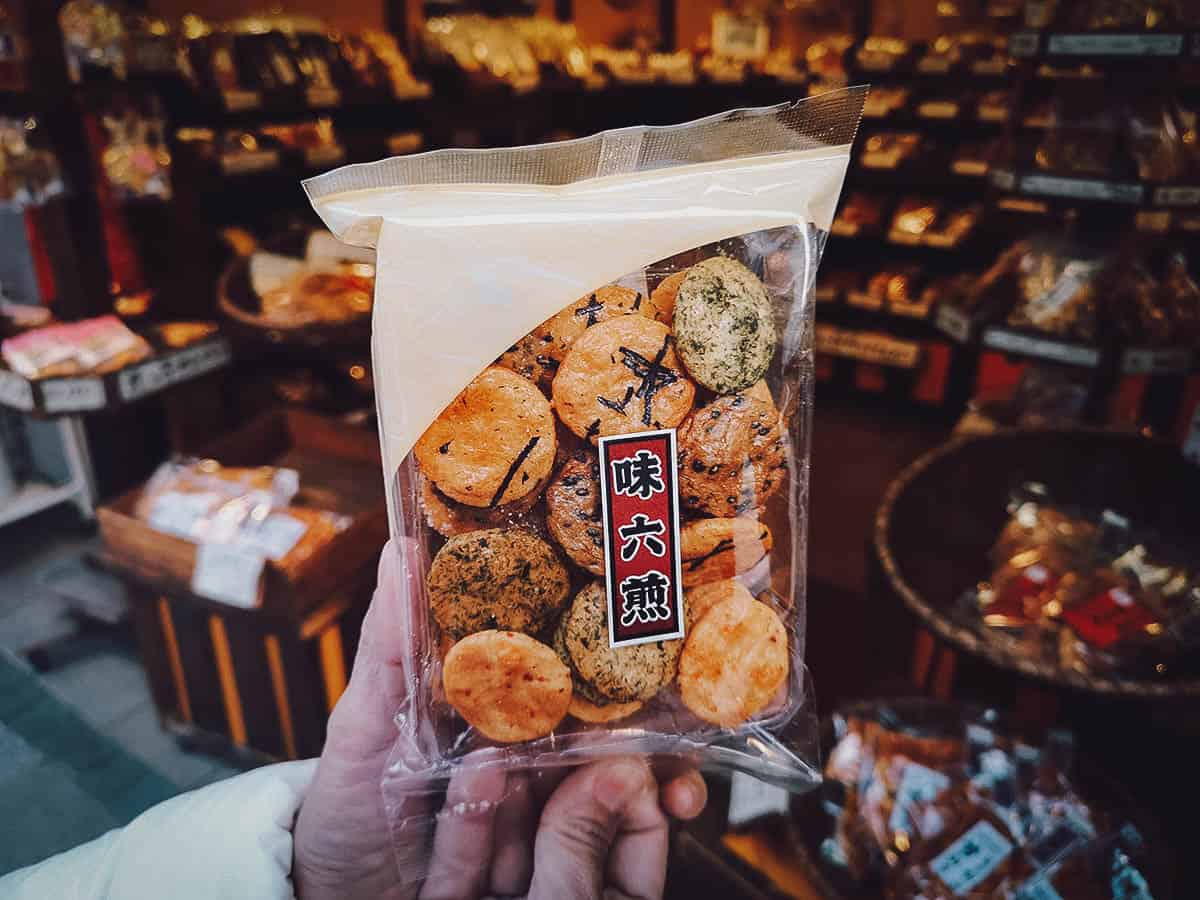 Japanese crackers