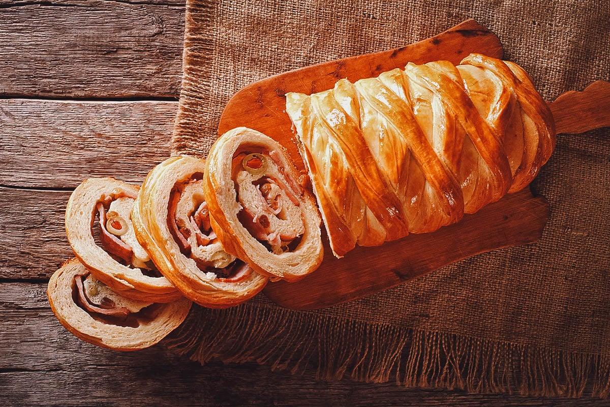 Sliced pan de Jamon